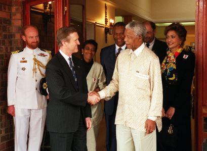 Nelson Mandela biografia corta