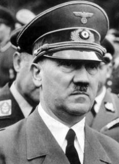 Adolf Hitler biografia