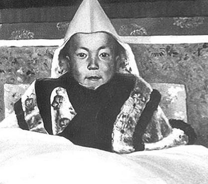 El Dalai Lama a los dos años